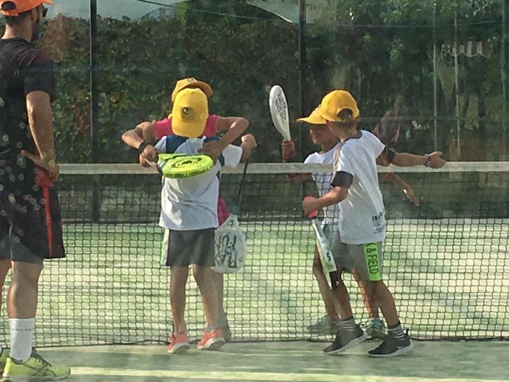 Les Piscines Club Nàutic. Tarragona. Torneo de padel solidario