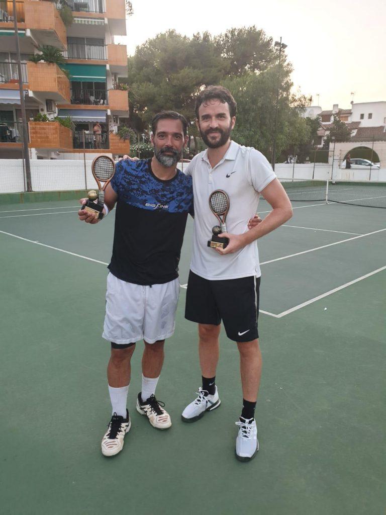 Torneo de tenis solidario. Roda de Berà. Tarragona. Les Piscines Club Nàutic
