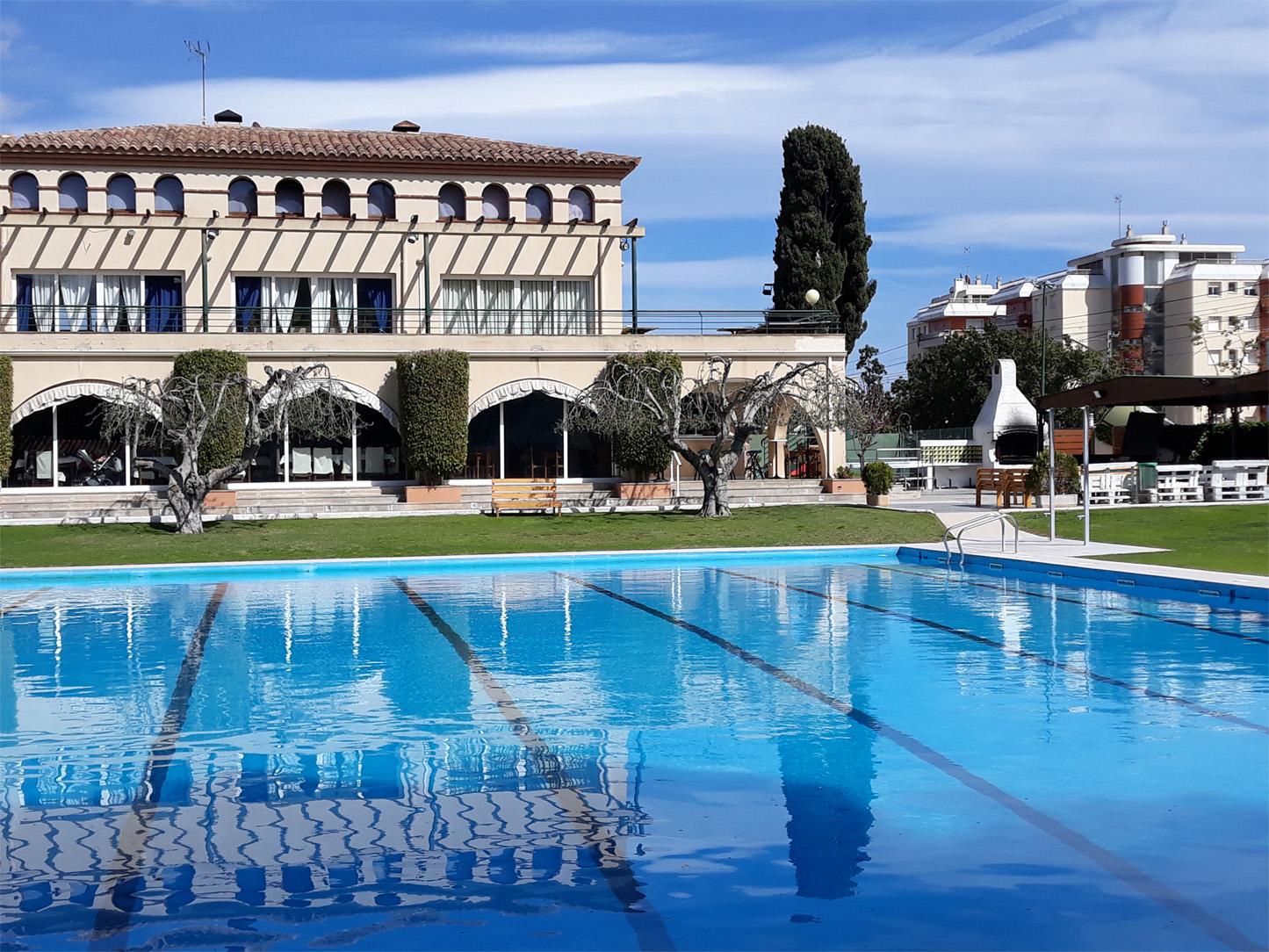Les Piscines Club Nàutic, Roda de Berà, Tarragona, Costa Daurada